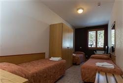 Sport hotel Forte - 5denní lyžařský balíček - zalyžujte si ve 2 zemích***12