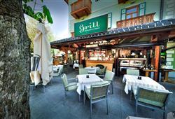 Hotel disponuje Grill restaurací