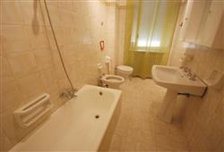 Apartament Tassoni***8