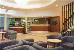 Hotel Meeting***8