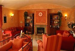 Hotel Borgo Di Cortefreda****30