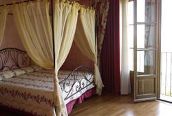 Hotel Borgo Di Cortefreda****24