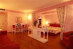 Hotel Borgo Di Cortefreda****14