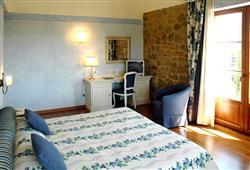 Hotel Borgo Di Cortefreda****25