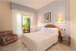 Hotel Villa Tiziana***11