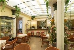 Hotel Villa Tiziana***23