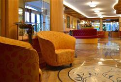 Hotel Alle Dolomiti****19