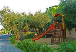 Village Centro Vacanze Europe Garden****5