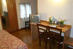 Hotel Orsa Maggiore - 5denní lyžařský balíček se skipasem a dopravou v ceně***7