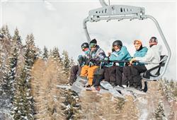 Hotel Augustus - 5denní lyžařský balíček se skipasem a dopravou v ceně***22