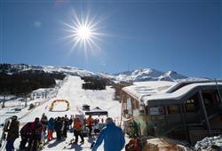 Hotel Girasole - 6denní lyžařský balíček se skipasem a dopravou v ceně***30
