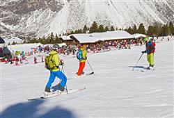 Hotel Girasole - 6denní lyžařský balíček se skipasem a dopravou v ceně***32