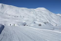 Hotel Girasole - 6denní lyžařský balíček se skipasem a dopravou v ceně***36