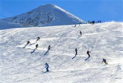 Hotel Girasole - 6denní lyžařský balíček se skipasem a dopravou v ceně***37