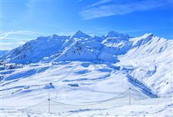 Hotel Girasole - 6denní lyžařský balíček se skipasem a dopravou v ceně***40
