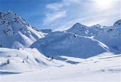 Hotel Girasole - 6denní lyžařský balíček se skipasem a dopravou v ceně***41