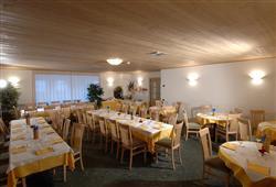Hotel Girasole - 6denní lyžařský balíček se skipasem a dopravou v ceně***10