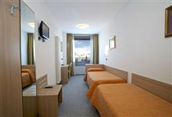 Hotel Girasole - 6denní lyžařský balíček se skipasem a dopravou v ceně***5