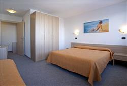Hotel Girasole - 6denní lyžařský balíček se skipasem a dopravou v ceně***6