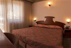 Hotel Deville - 5denní lyžařský balíček se skipasem a dopravou v ceně***3