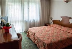 Hotel Deville - 5denní lyžařský balíček se skipasem a dopravou v ceně***4