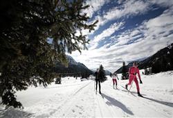Hotel Deville - 5denní lyžařský balíček se skipasem a dopravou v ceně***18