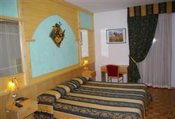 Hotel Dal Bon - 5denní lyžařský balíček se skipasem a dopravou v ceně***3