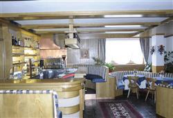 Hotel Dal Bon - 5denní lyžařský balíček se skipasem a dopravou v ceně***12