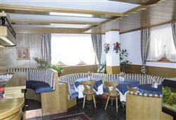 Hotel Dal Bon - 5denní lyžařský balíček se skipasem a dopravou v ceně***13