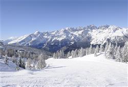 Hotel Dal Bon - 5denní lyžařský balíček se skipasem a dopravou v ceně***18