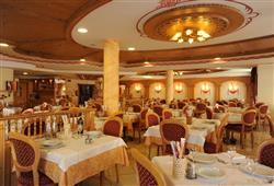 Hotel Canada****3
