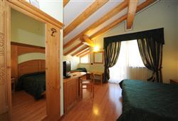 Hotel Canada****13