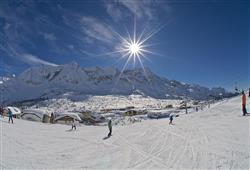 Hotel Locanda Locatori - 5denní lyžařský balíček se skipasem a dopravou v ceně***22