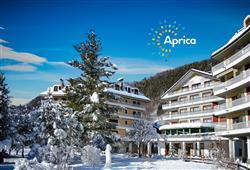 Hotel Urri - 5denní lyžařský balíček s denním přejezdem a skipasem v ceně***0