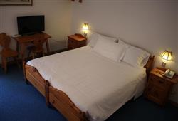 Hotel Scoiattolo - 6denní lyžařský balíček se skipasem a dopravou v ceně***5