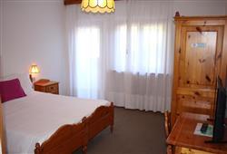 Hotel Scoiattolo - 6denní lyžařský balíček se skipasem a dopravou v ceně***6