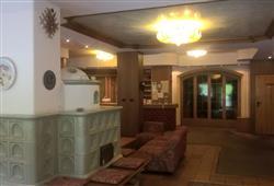 Hotel Scoiattolo - 6denní lyžařský balíček se skipasem a dopravou v ceně***12