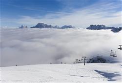 Hotel Scoiattolo - 6denní lyžařský balíček se skipasem a dopravou v ceně***27