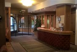 Hotel Scoiattolo - 5denní lyžařský balíček se skipasem a dopravou v ceně***13