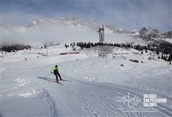 Hotel Scoiattolo - 5denní lyžařský balíček se skipasem a dopravou v ceně***22