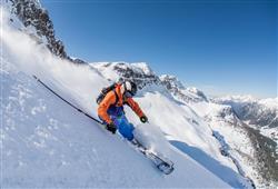 Hotel Scoiattolo - 5denní lyžařský balíček se skipasem a dopravou v ceně***29