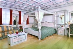 Hotel Schloss Dolomity****7