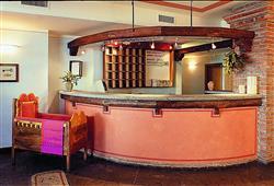 Hotel Locanda Locatori - 5denní lyžařský balíček se skipasem a dopravou v ceně***10