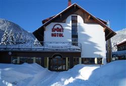 Hotel Sport - 6denní lyžařský balíček s denním přejezdem a skipasem v ceně***2