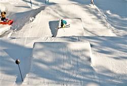 Hotel Sport - 6denní lyžařský balíček s denním přejezdem a skipasem v ceně***22