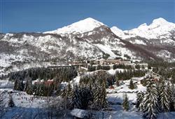 Hotel Stella Montis - 6denní lyžařský balíček s denním přejezdem a skipasem v ceně**23