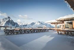 Hotel Sextner Hof - 5denní lyžařský balíček se skipasem a dopravou v ceně***31