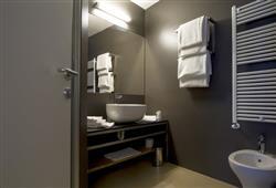 Hotel 1301 Inn - 6denní lyžařský balíček s denním přejezdem a skipasem v ceně***8