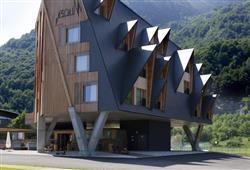 Hotel 1301 Inn - 6denní lyžařský balíček s denním přejezdem a skipasem v ceně***2