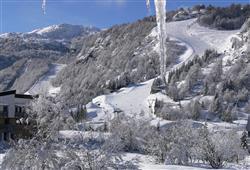 Hotel 1301 Inn - 6denní lyžařský balíček s denním přejezdem a skipasem v ceně***23